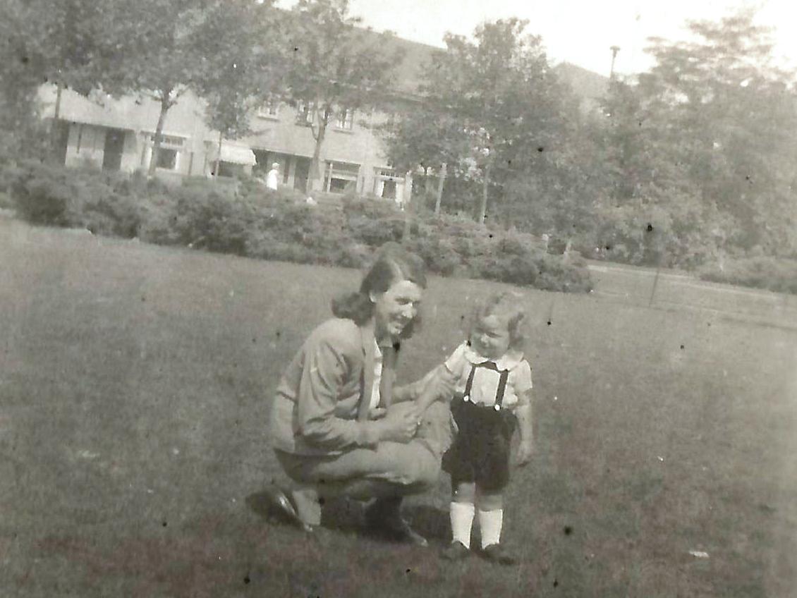 1943 Mamma met Henny