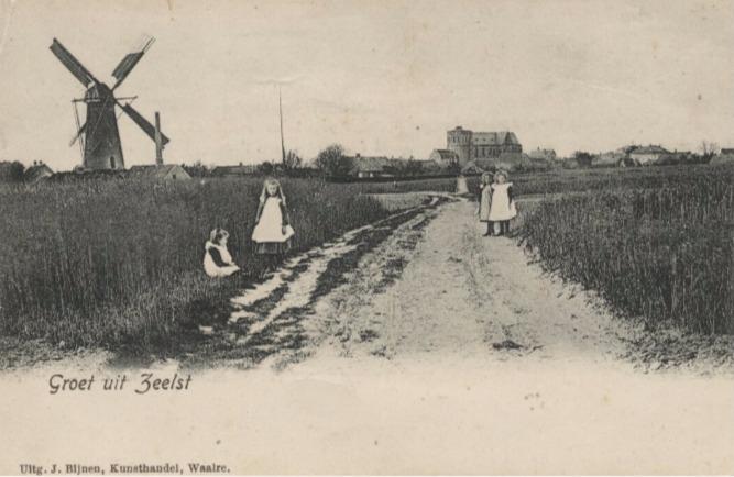 1900 1910 nabij Zeelst, in de verte de kerk